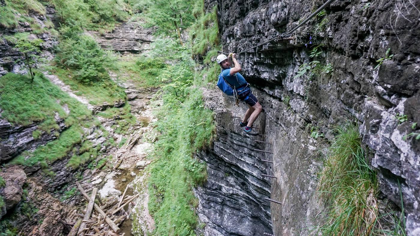 Klettersteig Queenstown : Latest adventures george cave 67hr
